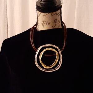 BRAND NEW!!! BEAUTIFUL & BOLD Necklace
